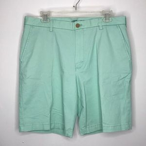 Izod Saltwater Relaxed Classics Flat Front Shorts